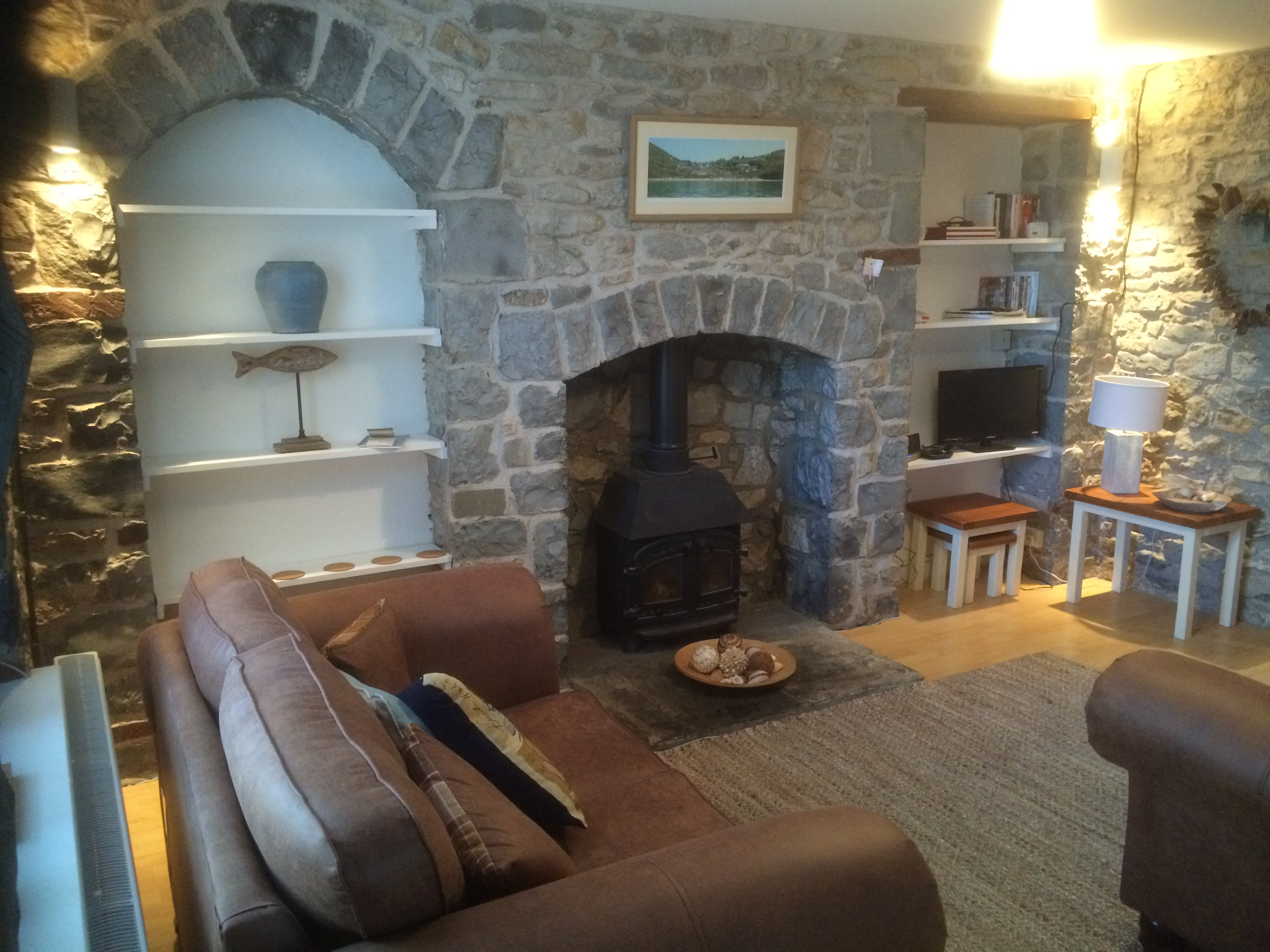 Inside Nyth Bran Cottage, Southerndown